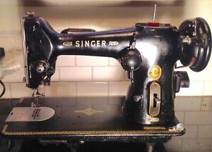 Vintage1953 Singer Model 206K Sewing Machine Made in Great Britain Beautiful