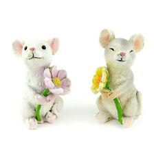 Miniature Dollhouse Fairy Garden - Mice Holding Flowers - Set of 2 - Accessories