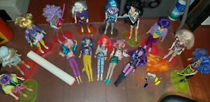 Hasbro Lot of 15 Jem & The Holograms Dolls w/ Accessories Stands Original Poster