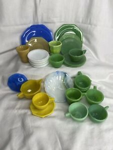 Vintage 30 Pieces Akro Agate Playtime Glass Children's Play Set Dishes