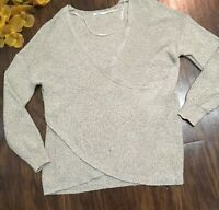 Kimchi Blue womens cropped long SLEEVE crossed front design top SZ.S color:Gray