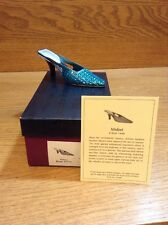 Raine Just the Right Shoe Coa Box Midori 25108