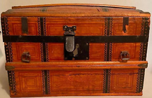 """Antique Dome Hump Top Doll Steamer Trunk Wooden Chest CHILDS DOLL SIZE 11x16x9"""""""