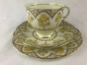 VINTAGE SALISBURY TRIO - YELLOW & GOLD FLORAL - ENGLAND - BONE CHINA - HIGH TEA
