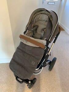Joolz Geo² pram / buggy with Joolz footmuff + newborn carrycot, great condition