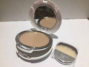 It cosmetics celebration foundation illumination * medium* 0.30 oz brand new