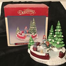 Lemax Dickensvale Collectibles Christmas Village Porcelain Skating Pond 1991