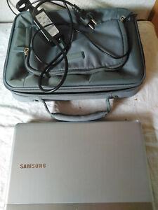 Samsung Notebook ; 305 U ; funktioniert