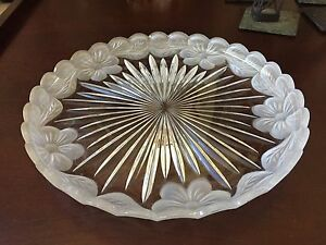Crystal Clear Signatures 24% Full Lead Crystal Madison Avenue Round Platter