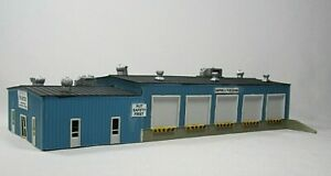 N scale Pikestuff # 8004  Built up TRUCK TERMINAL with side office. Built up kit