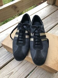 Gucci shoes women sneakers Black Canvas and Suede Leather material Size 10-B