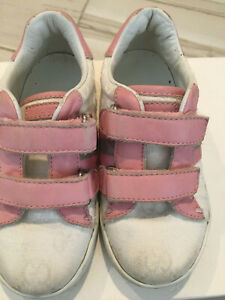 Gucci girls white& pink monogram canvas & leather toddler sneakers sz 25
