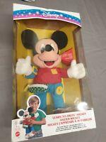 Disney Learn to Dress Mickey / Micky Plüsch-Figur Mattel Vintage 1993 weiße Box