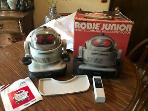 Vtg Radio Shack Robie Junior Jr Intelligent Robot w/ Remote Box Manual WORKS