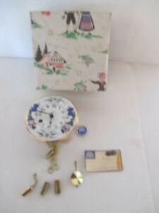 Vintage Wintermantel Qualitat Porcelain Miniature Wind Wall Clock (no key)