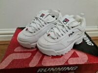 FILA DISRUPTOR II INFANT WHITE SNEAKERS UK Infant Size 9 Ex Display New