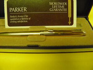 Parker pen Gold Tone Arrow w blue ink in box w card rollerball