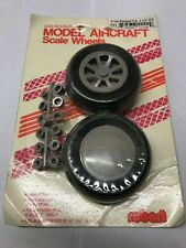 Robart Low Bounce Scale Wheels Straight Tread. 2.25 Inch Diameter