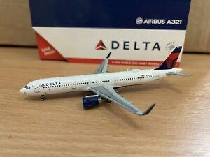 Delta A321 1:400 (Reg N327DN) GJDAL1892 Gemini Jets
