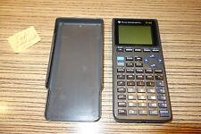 Texas Instruments TI 82 Taschenrechner geht nicht an.