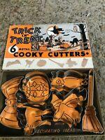 Vintage Halloween Trick or Treat Cooky Cutters Metal set of 6 in Box (B006)