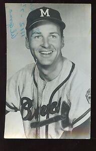 1961 LL Cook Milwaukee Braves Postcard Frank Bolling Autographed Hologram