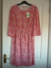Boden Dolly Kleid in rot/elfenbein Paisley. UK 12 Reg, EUR 38-40, US 8. WH989 Pretty