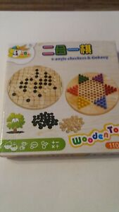 BRAND NEW BOXED Chinese 6 Angle Checkers & Gobang Wooden Board Game High Quality
