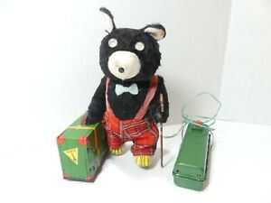 Vintage 1950's Traveler Bear battery operated toy - K Co. Made in Japan