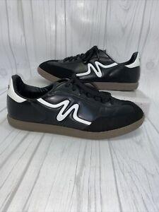 Mitre Black White Man Made Indoor Soccer Shoes Man's Ten 1/2 10.5 44 Euro