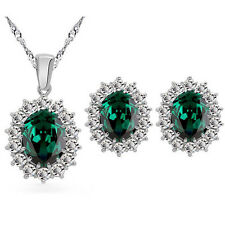 Queen Design Oval Emerald Green Jewellery Set Stud Earrings & Necklace S794