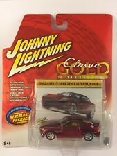Johnny Lightning Classic Gold Collection '02 2002 Aston Martin V12 Vanquish 1/64