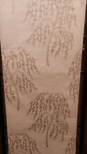 Champagne, Willow Tree Wallpaper