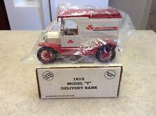 Massey Ferguson 1913 Ford Model T Delivery  Bank ERTL