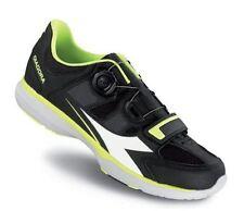 Scarpe sportive da donna nere Diadora