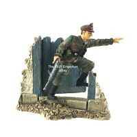 1:32 Scale Unimax Toys Forces of Valor WWII German Army Officer Figure