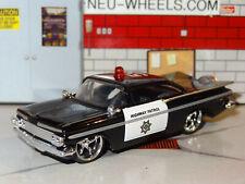 1959 CHEVY IMPALA POLICE HIGHWAY PATROL 1/64 DIECAST REPLICA DIORAMA MODEL N
