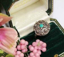 VINTAGE MEXICAN HAND CRAFTED STERLING SILVER AND TURQUOISE RING - ADJUSTABLE