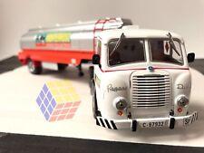 Pegaso Mofletes Z-701 + Cisterna alimentaria (1/43) Camión Truck Camions