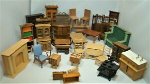 30 pc mixed lot of vintage wood dollhouse furniture. Variety