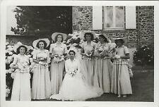 PHOTO ANCIENNE - VINTAGE SNAPSHOT - GROUPE MARIAGE DEMOISELLE D'HONNEUR MODE
