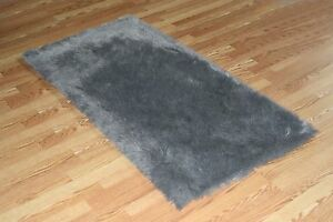 GREY Faux FUR area Rug 5' x 8' washable non-slip MADE IN USA