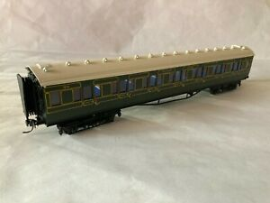 LAWRENCE SCALE MODELS SOUTHERN RAILWAY MAUNSELL CORRIDOR FIRST COACH         (G)