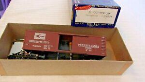 HO Scale Roundhouse 36' Pennsylvania Empire Line Box Car, Brown #76204 Built