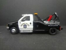 Johnny Lightning 1999 Ford F-450 CA CHP Wrecker Tow Truck - Loose 1:64