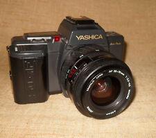Yashica 230-AF Spiegelreflexkamera - anschauen!