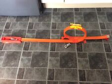 HOT WHEELS LOOP THE LOOP TRACK SET WITH LAUNCHER,RAMP AND CAR