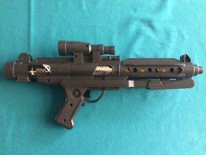 Vintage Star Wars E-11 Stormtrooper Blaster (Kenner 1978) **VERY RARE**