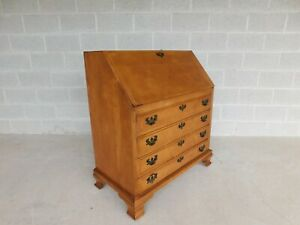 Maddox Furniture Chippendale Style Maple Slant Front Desk