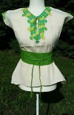 Las Ruedas Mexican Blouse Top Belt Embroidered Flowers Chiapas Ivory Medium V167